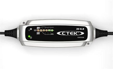 CTEK XS 0.8 autó akkumulátor töltő, karbantartó