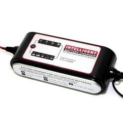 Carstel 12V 8A autó akkumulátor töltő